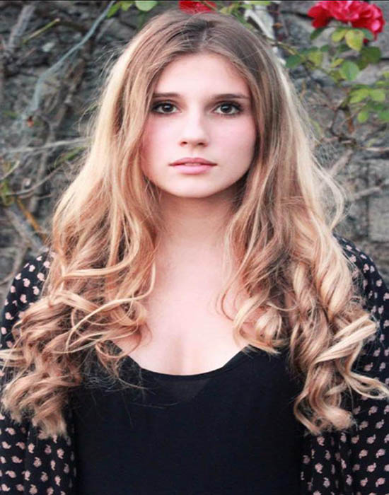Julia, 25 ans (Nice)